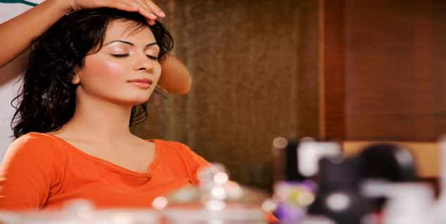 ayurvedic oil massage in hindi
